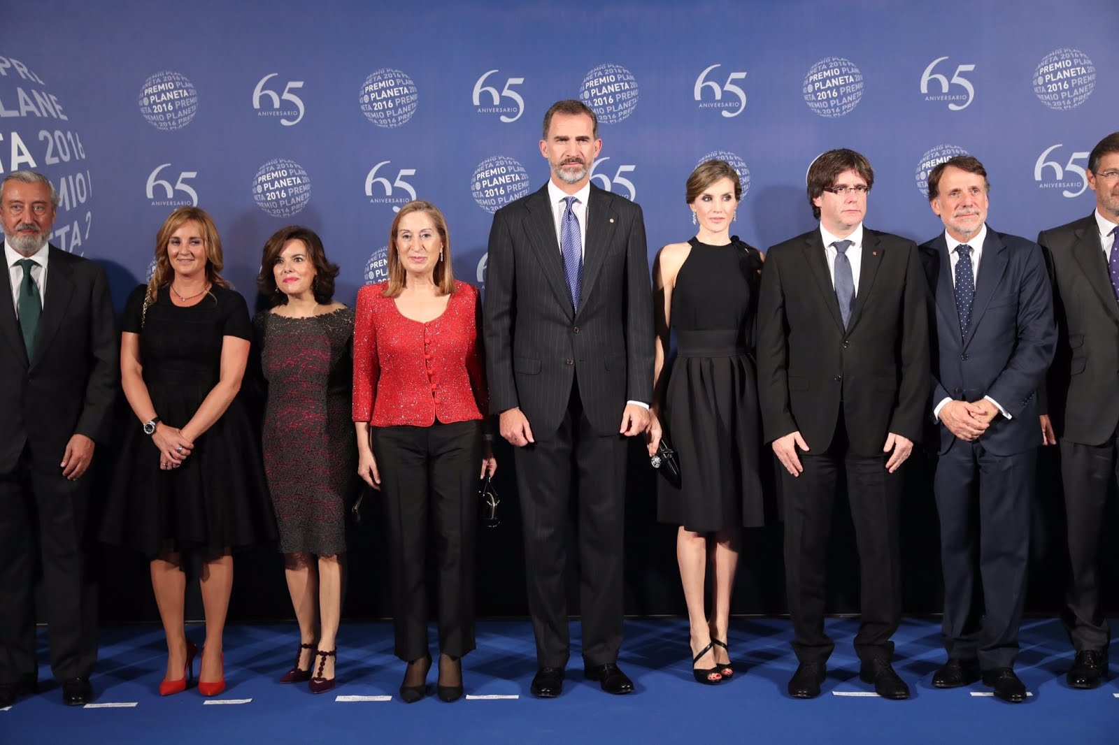 ¿Cuánto mide Carles Puigdemont? - Estatura - Real height Cu1fzvyWYAAff0H.jpg-large