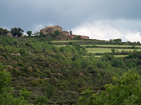 La masia de Guardiola des de sobre la confluència entre la Rasa del Borràs i de L'Estany