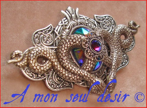 Broche serpent mythologie Méduse Gorgone Mélusine Medusa Snake Mythology Brooch