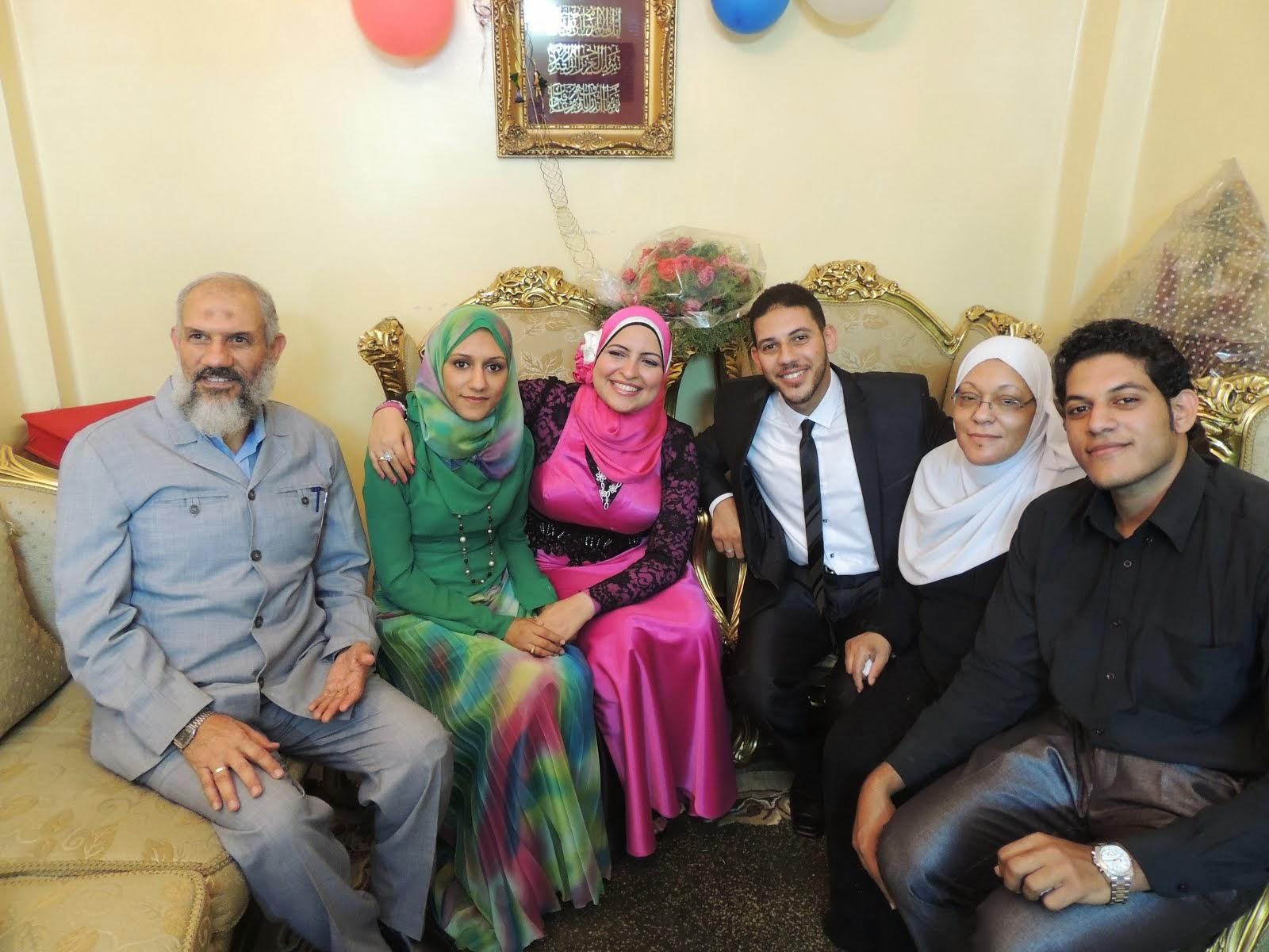 محمد طلعت وعائلته