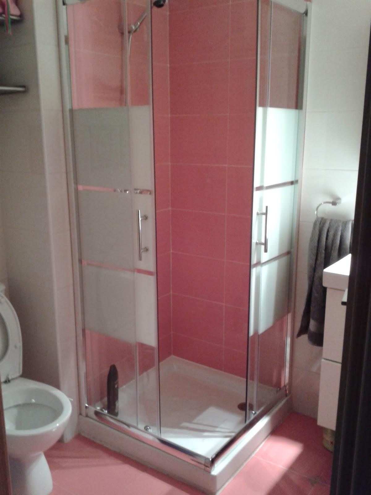 Azulejos para un cuarto de ba o pequeno - Papel para azulejos de bano ...