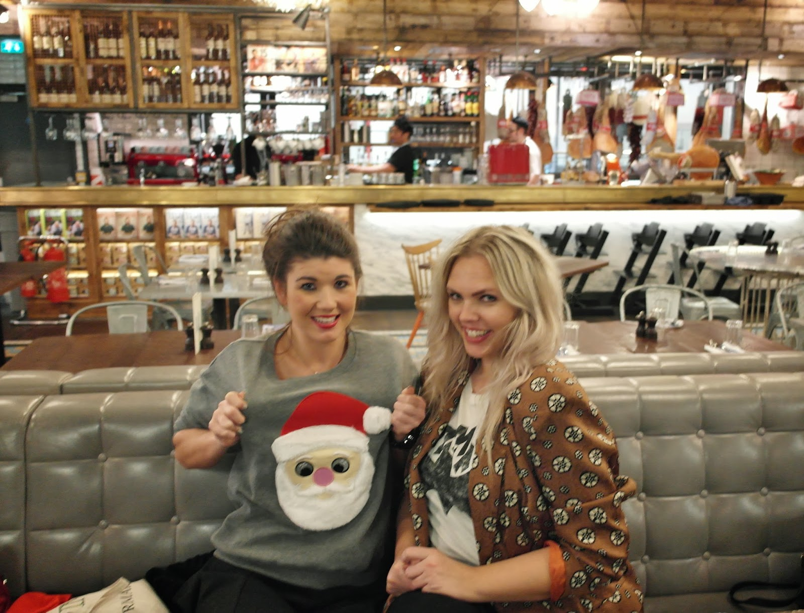 Together with Edith from StyleHasNoSize @ Airport London PrimarkSS14