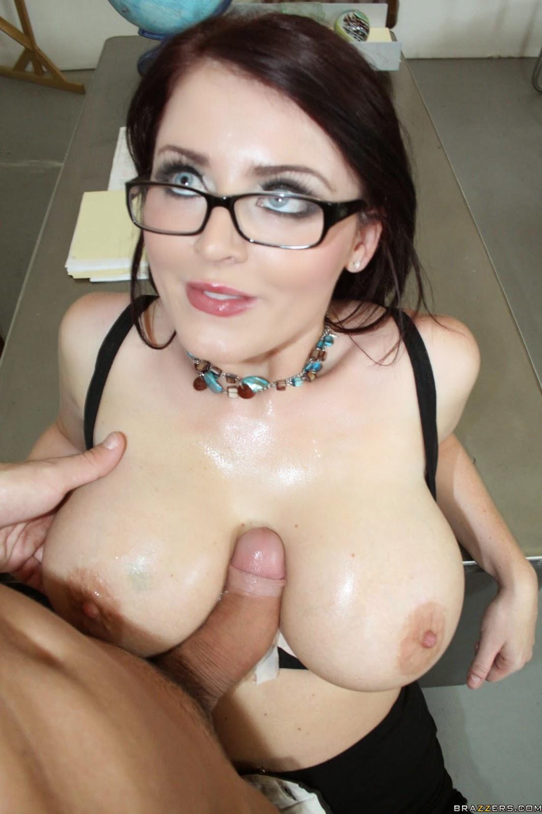 hot nude model maestras
