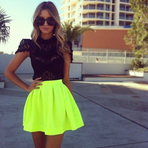yellow skirt