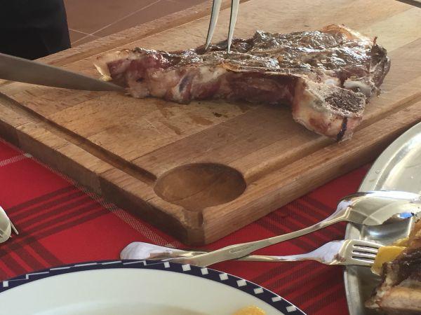 Restaurante Las Palomas, comer buena carne en Alicante