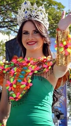 Reina Carnaval Santiago 2014