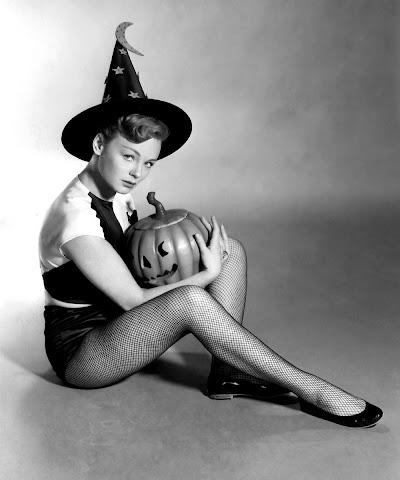 Etchika Choureau Halloween witch