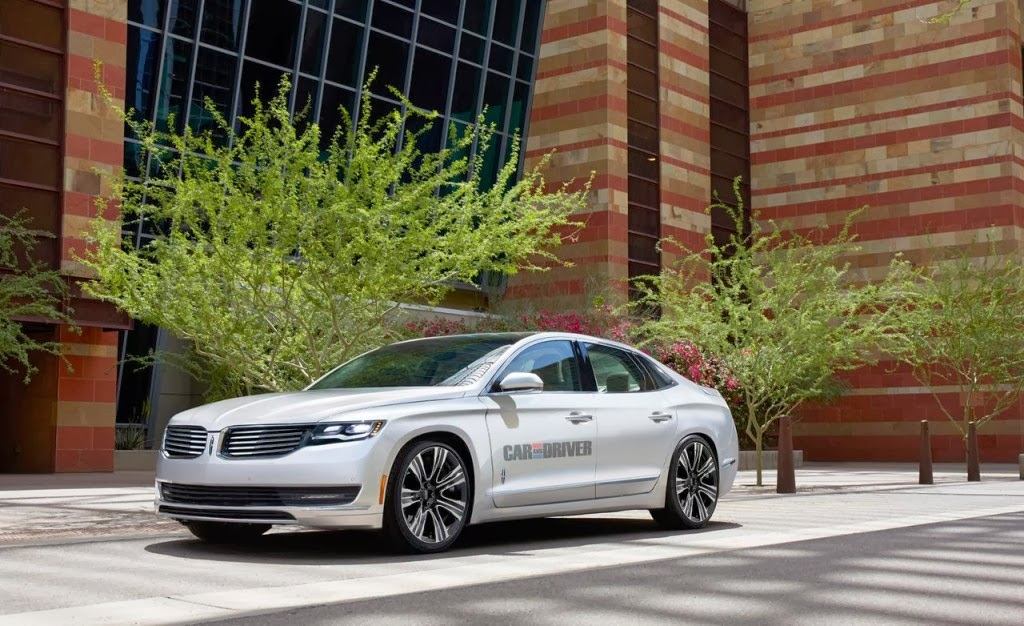 Lincoln MKS Car Wallpaper