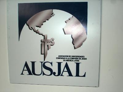 AUSJAL 2012 SE PROMUEVE EN UNIVERSIDAD RAFAEL LANDIVAR