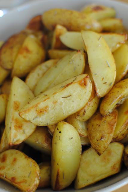 klyftpotatis, hemmagjord, recept, potatis, meze, svenskt, rosmarin
