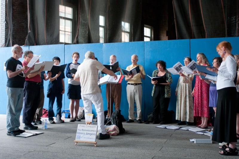 [http://www.renaissancesingers.com/The_Renaissance_Singers/Gallery.html]