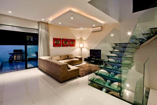 Casas minimalistas y modernas escaleras modernas y for Imagenes escaleras modernas