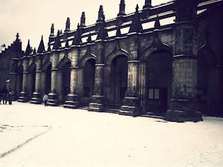 """<img src=""""St Andrews.jpg"""" alt=""""St Andrews Sallie's Quad Snow"""">"""