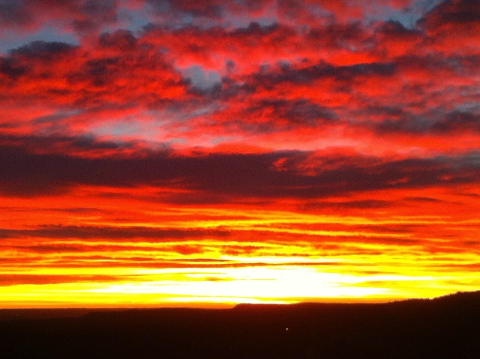 Sunrise over the mountains of Canon City Colorado