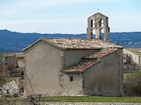 Les façanes nord, amb la sagristia, i de llevant de l'església