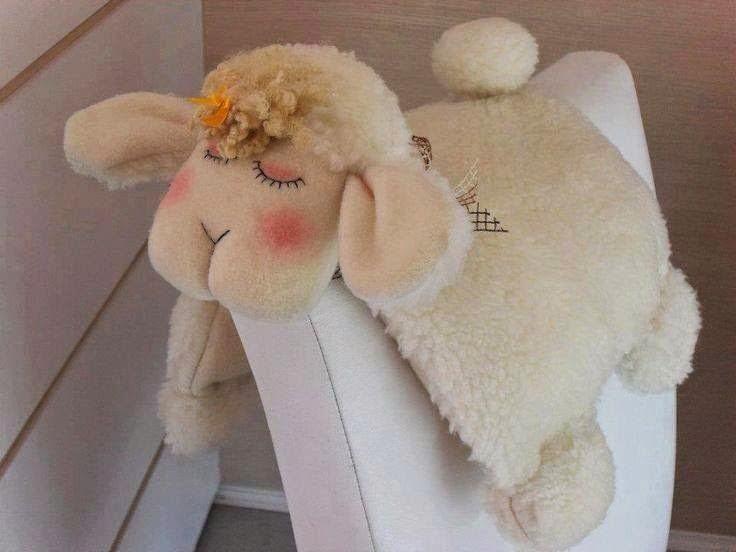 LilyBabyShop Travesseiro Ovelhinha para Decoracao de Quarto de Bebe Tema C