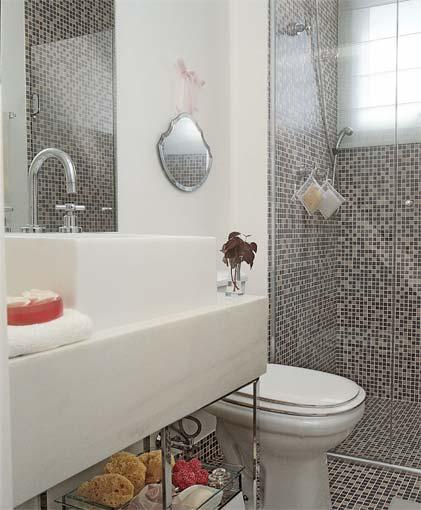 REFORMA e DECORAÇÃO  NOSSO PEQUENO AP Prateleira embaixo da pia do banheiro -> Banheiro Decorado Com Vaso Cinza