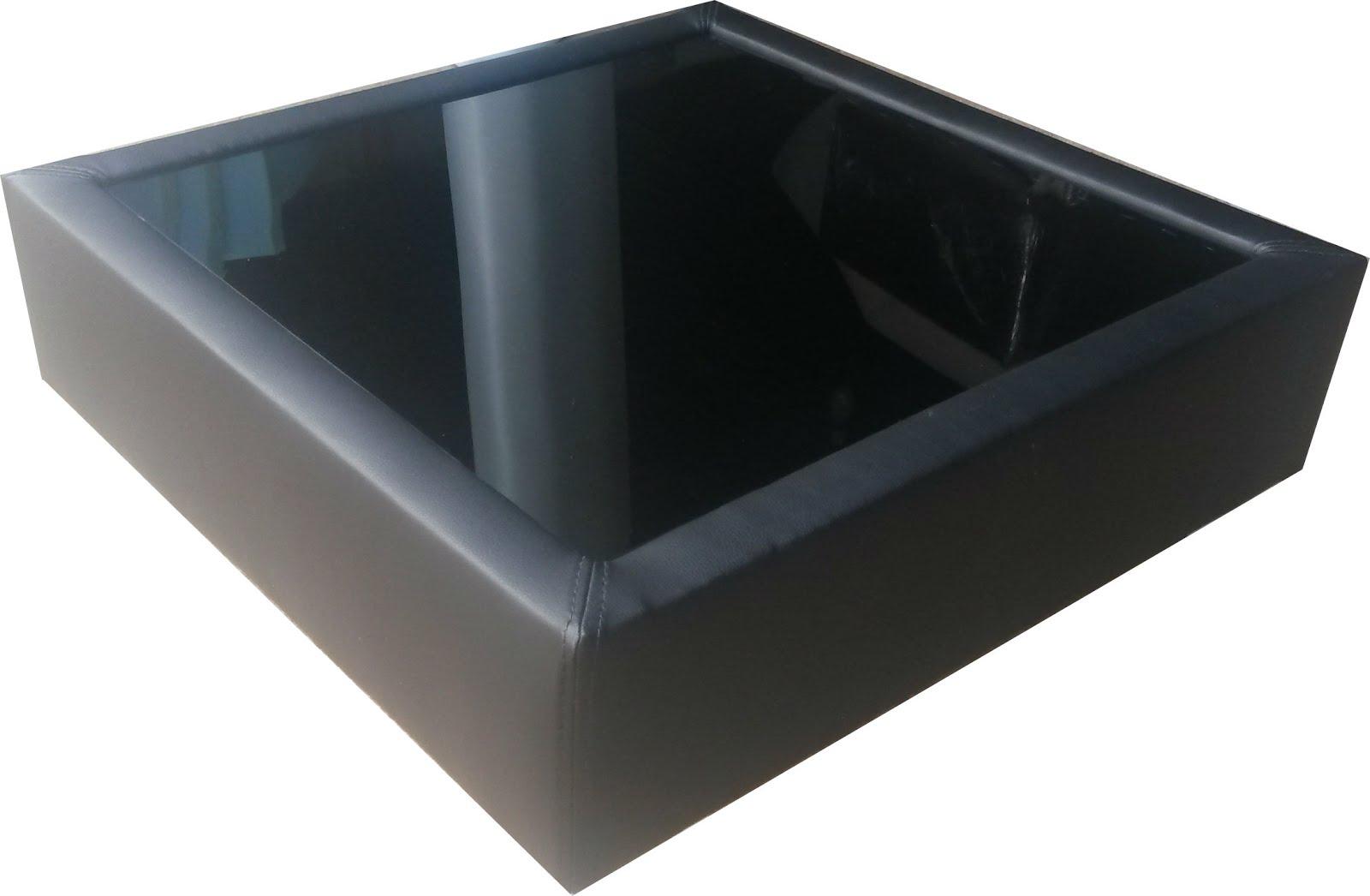 Mesa de centro en bipiel con vidrio