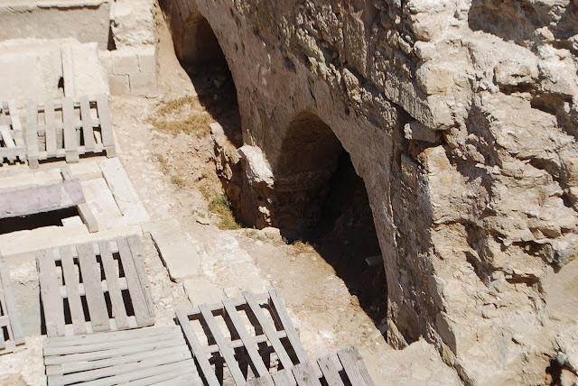 Раскопки на набережной Ираклиона.