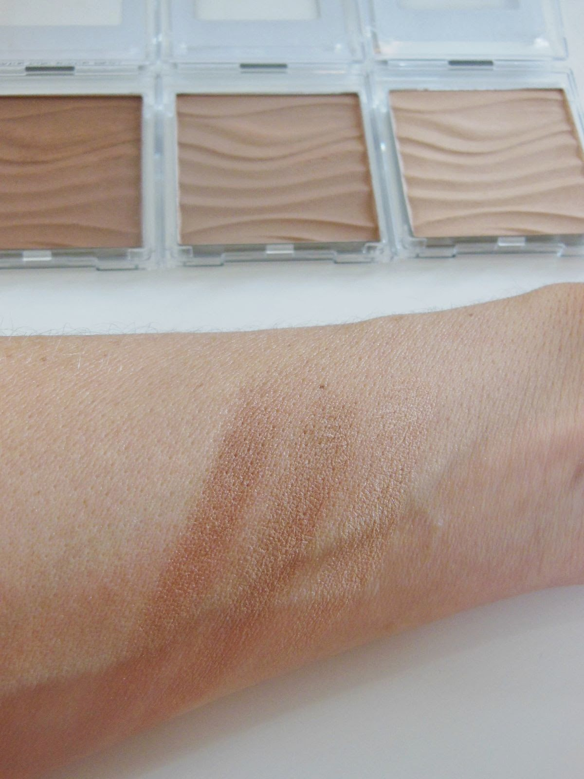 Product Review Mary Kay Bronzing Powder And Highlighting