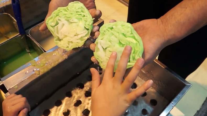 Artista de alimentos usa cera para hacer muestras de alimentos increíblemente realistas
