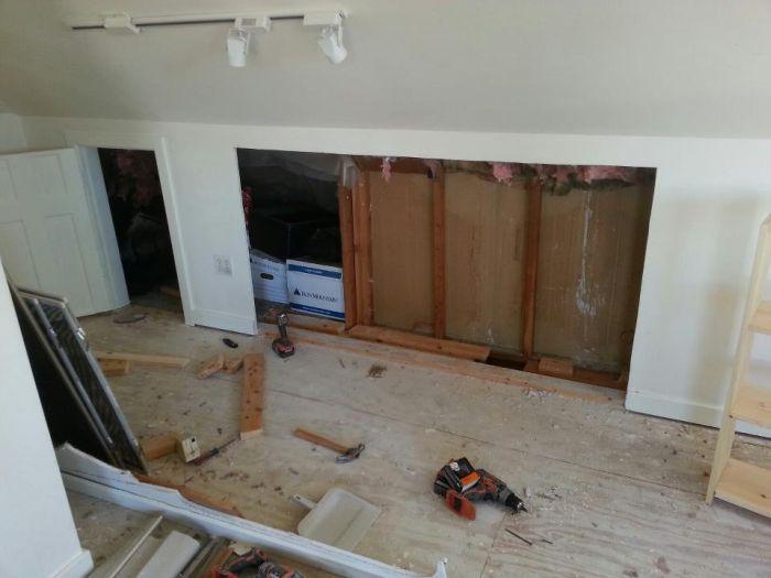 Выемка в стене для встроенного шкафа