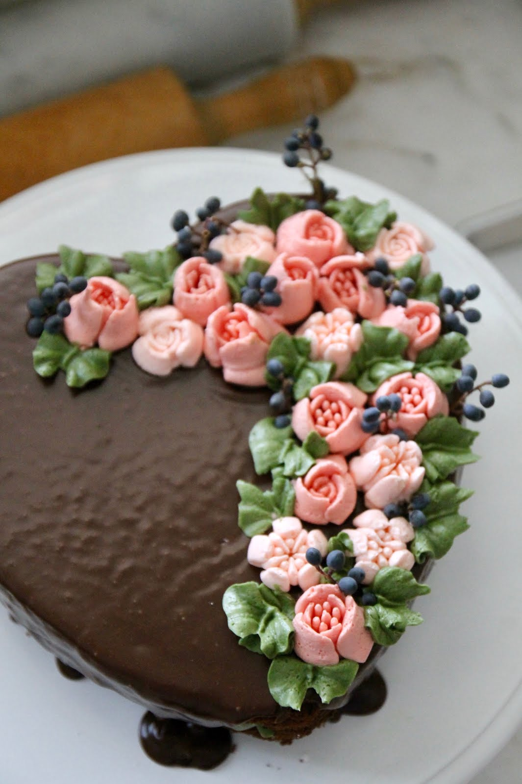 DIY Easy Flower Heart Cake