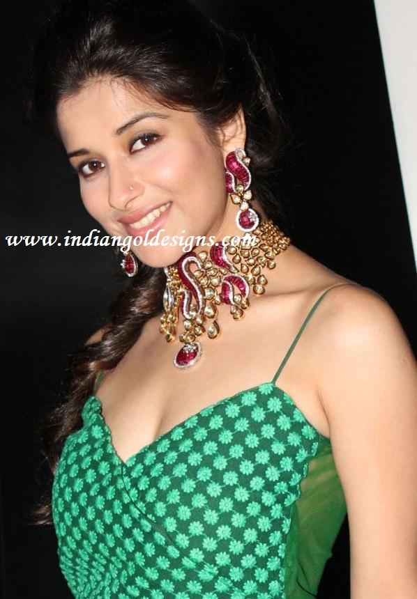 Gold and Diamond jewellery designs: madhurima in kundan diamond ...