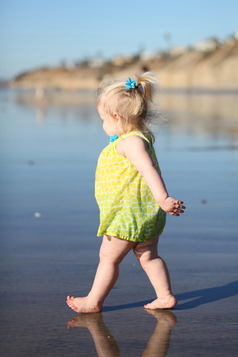 beach-baby-solana-beach