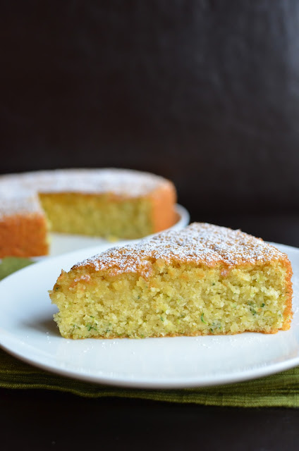 Playing with Flour: Zucchini-almond cake