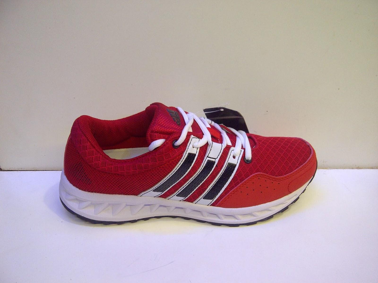 sepatu merah, adidas merah, sepatu Adidas Falcon Elite 2 red, sepatu adidas running merah