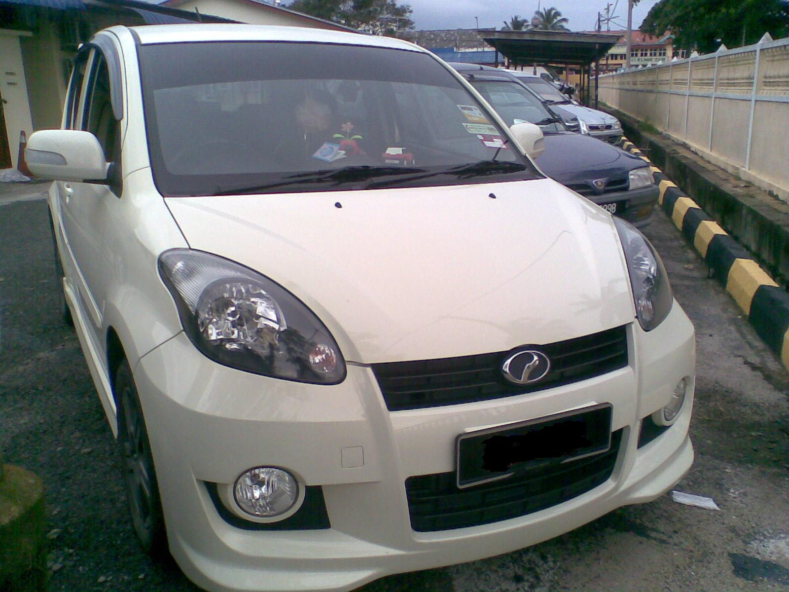 Perodua Myvi SE Pearl White