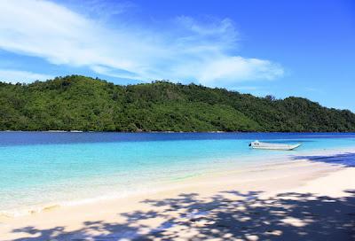 Pesona Keindahan Teluk Kiluan, Teluk Kiluan Lampung Selatan, Lampung, Bandar Lampung, Teluk Kiluan
