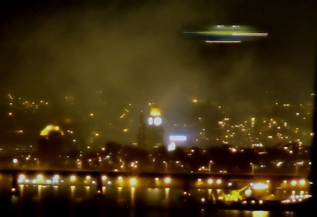 10 UFO Sightings That Defy Logic