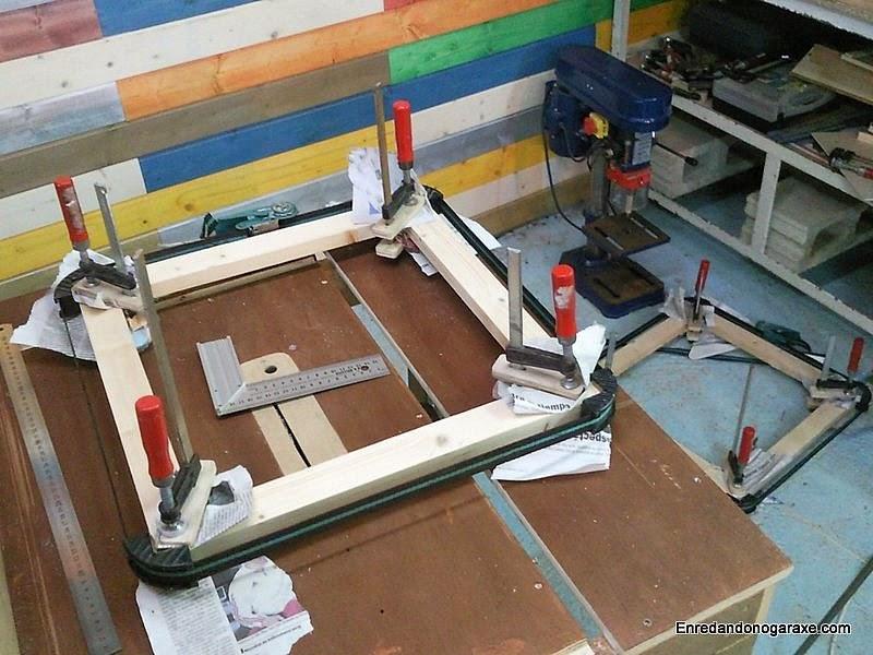 Fabricar marcos con uniones a inglete para ventana y base.. www.enredandonogaraxe.com