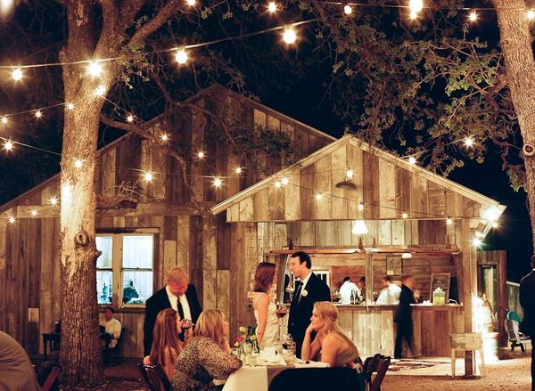 Louisville KY wedding resource {Daily Wedding Bits} Fairy Lights