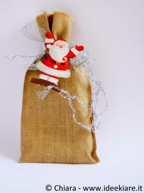 Confezione regalo con sacchetto di iuta