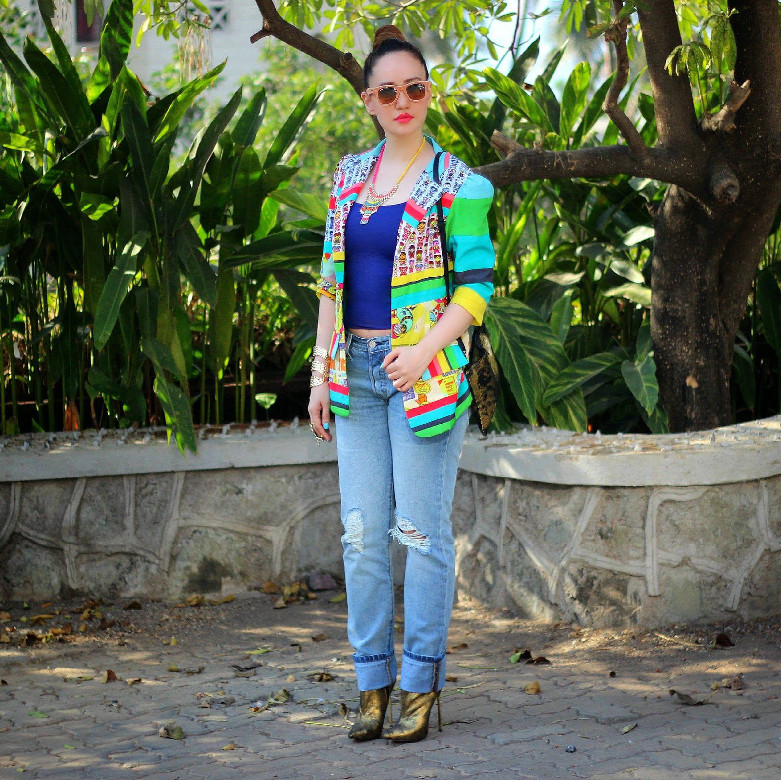 QuirkBox Toy Factory Boyfriend Jacket with Levis 501 CT Jeans
