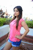 Prabhajeet Kaur Glamorous Photo shoot-thumbnail-50