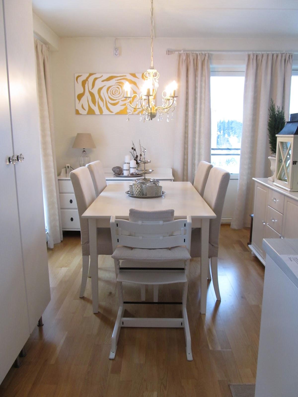 Spisebordet ogs? fra Ikea- Lyckhem.