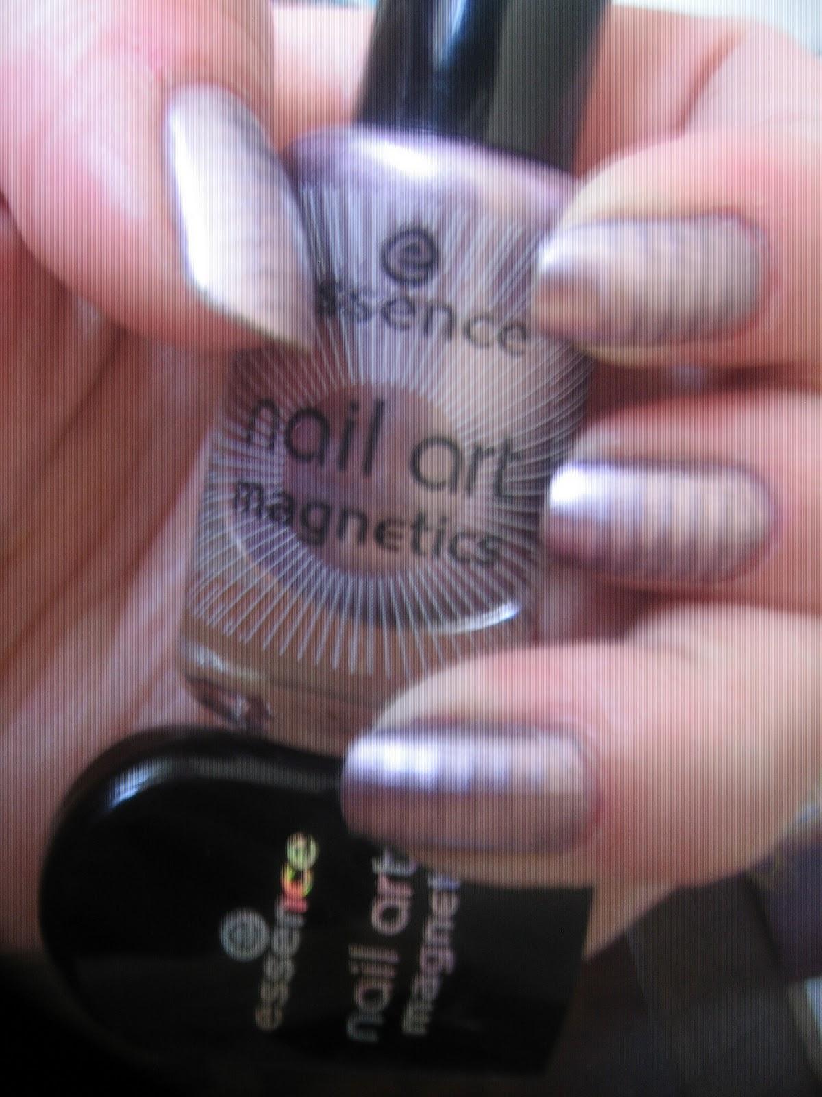 Pink Schwarzes Nageldesign mit Nagellack selber  - nageldesign mit nagellack