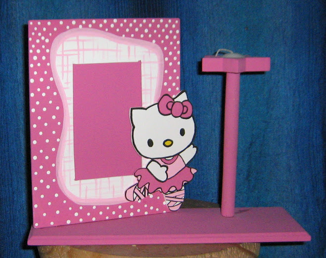 CENTRO DE MESA HELLO KITTY