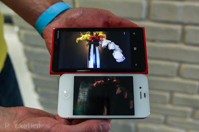 lumia 920 vs iphone 4s