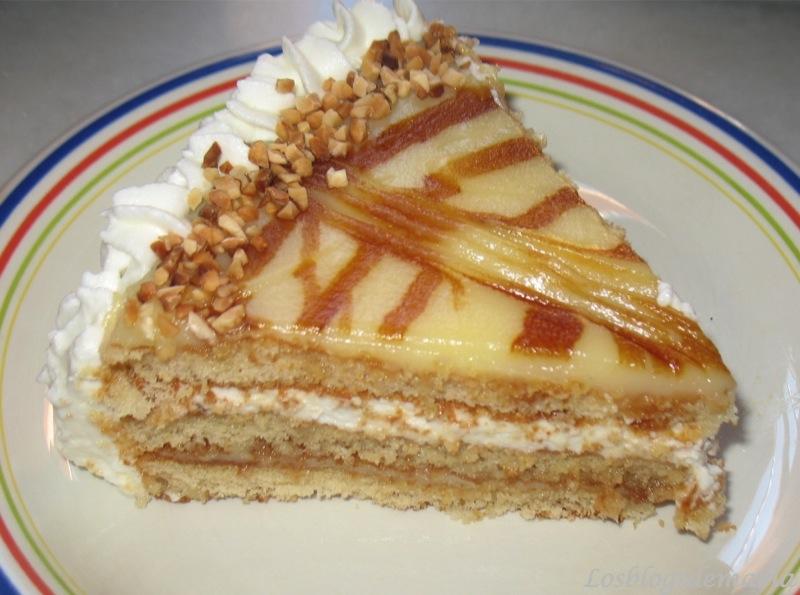 La tarta de mi santo -TARTA DE NATA Y YEMA CON ALMENDRAS-