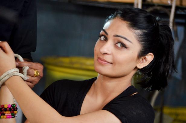 Hd Images Of Neeru Bajwa Movieactressphoto Blogspot In
