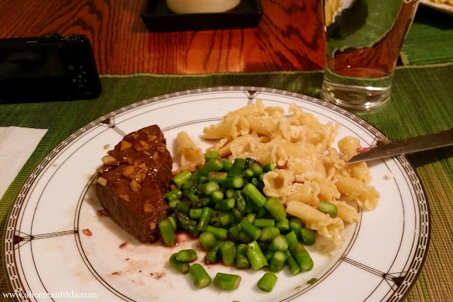 steak, pasta, asparagus, balanced meal, dinner, supper, home-cooking, cooking, Tasty Tuesday, What I Ate