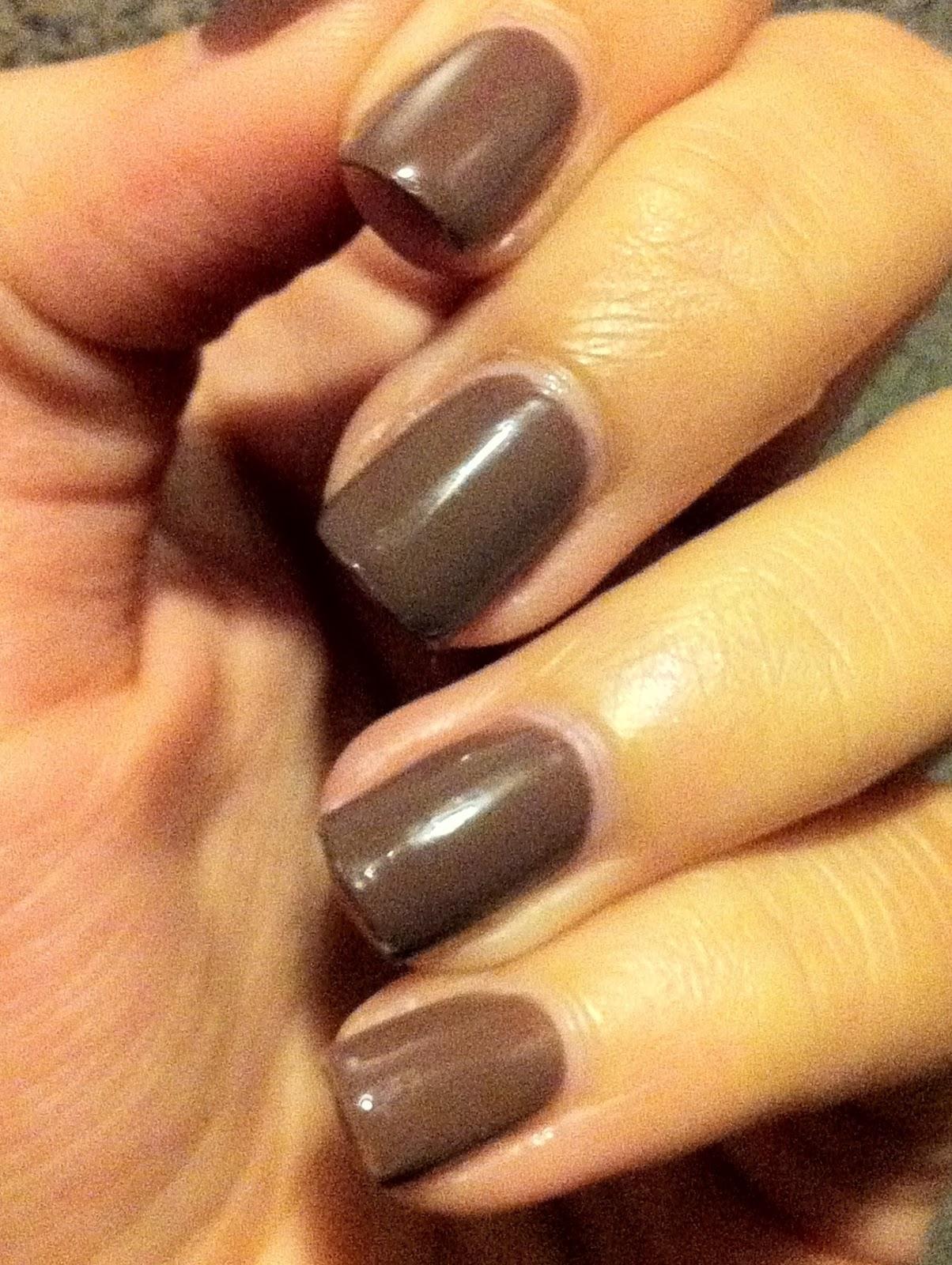 polish my pretty nails essie mink muffs. Black Bedroom Furniture Sets. Home Design Ideas