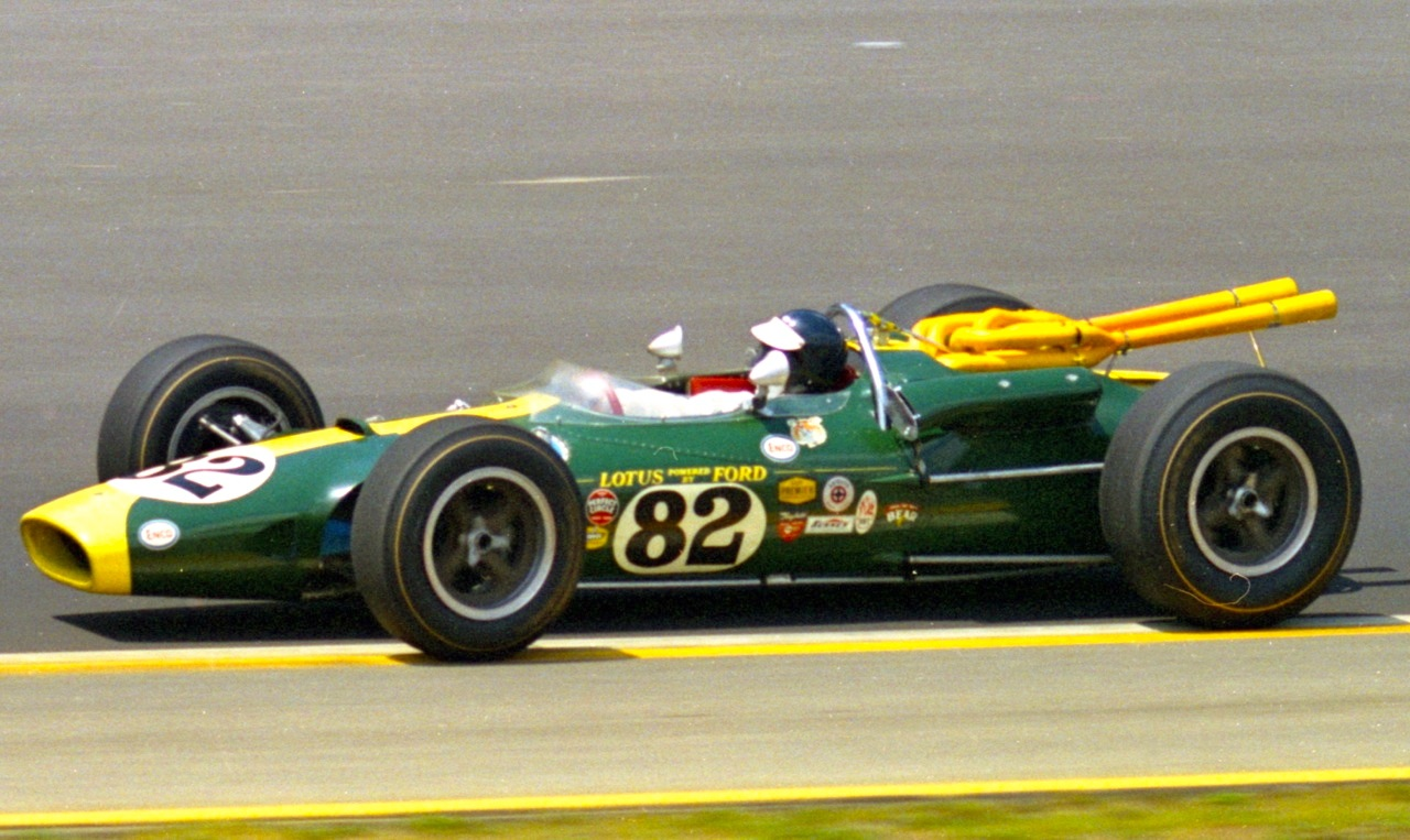 Indy car driver records humanos