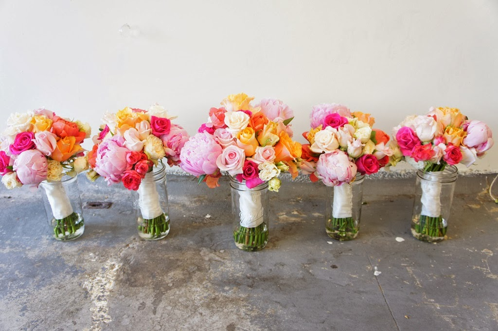 Sugar Bee Flowers: Cute pink, apricot, coral and champagne wedding ...