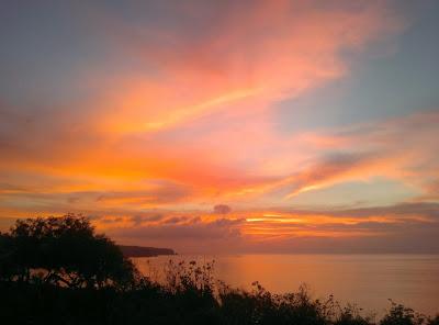 Бали, Индонезия, Эль Каброн, испанский клуб, закат